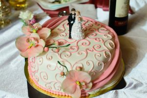 one-layer-wedding-cake